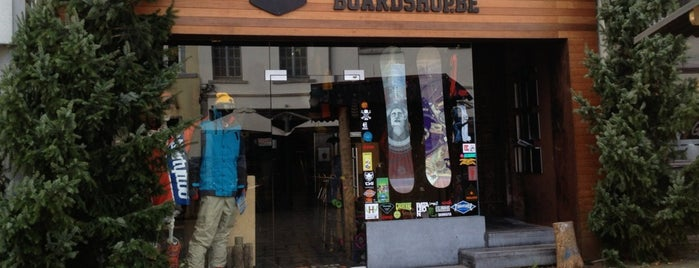 Stoked Boardshop is one of Locais salvos de 👓 Ze.