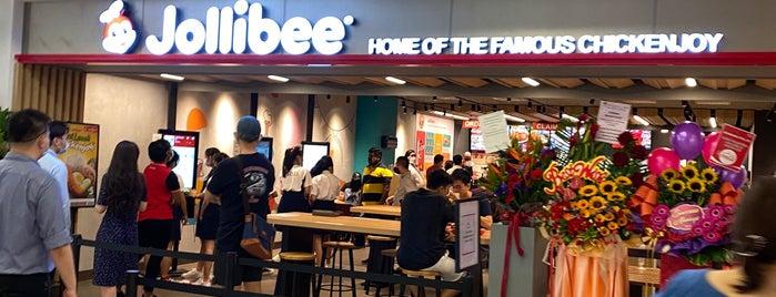 Jollibee is one of Filipino Food in Singapore.