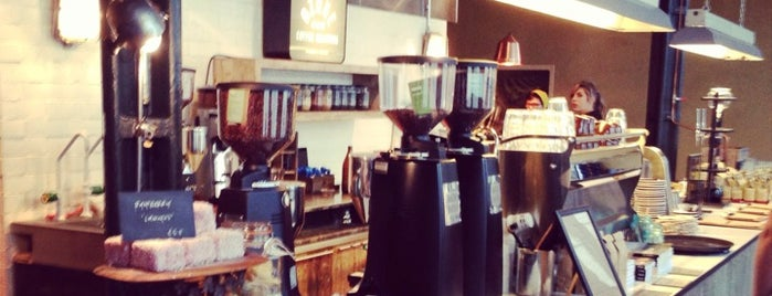 Ozone Coffee Roasters is one of Shoreditch.