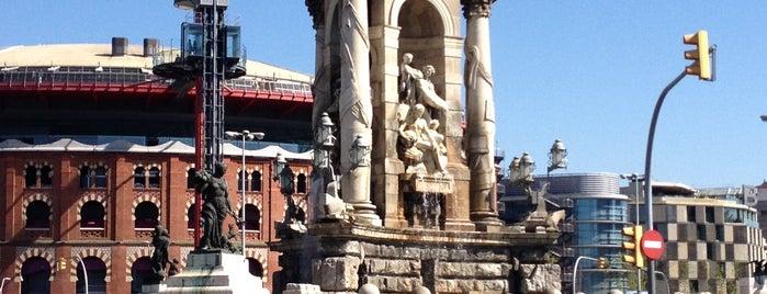 Plaça d'Espanya is one of Barcelona in a weekend.