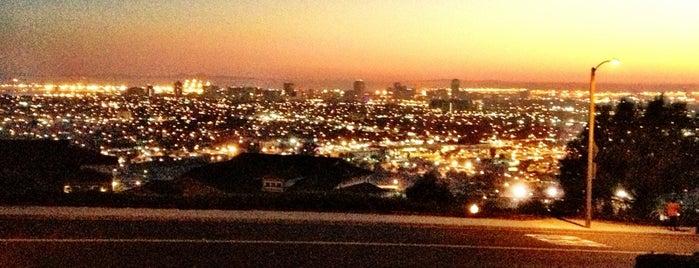 City of Long Beach is one of Posti che sono piaciuti a Coco.