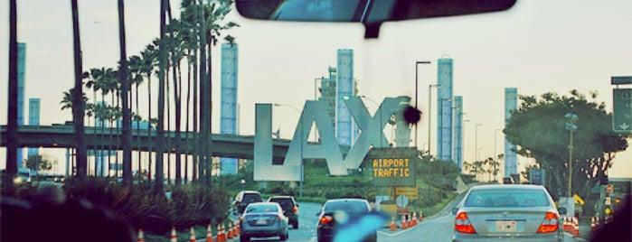 Aeroporto Internazionale di Los Angeles (LAX) is one of Posti che sono piaciuti a Coco.