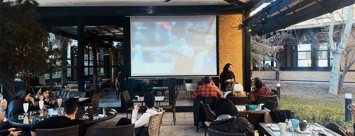 Kazbar Café Esteghlal is one of Top ones.