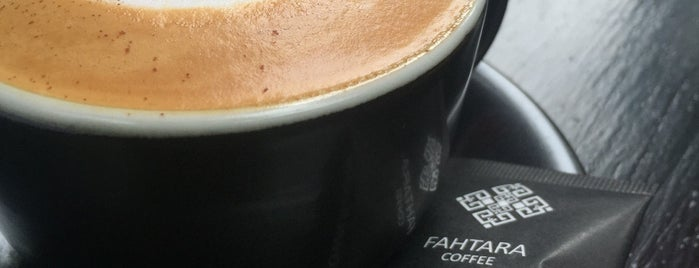 Fahtara Coffee is one of Lugares favoritos de Andrej.