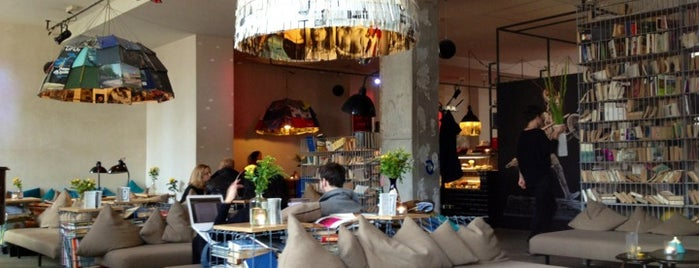 Michelberger Hotel is one of Berlin Coffee.