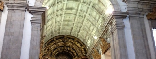 Mosteiro São Bento da Vitória is one of Posti che sono piaciuti a Pedro.