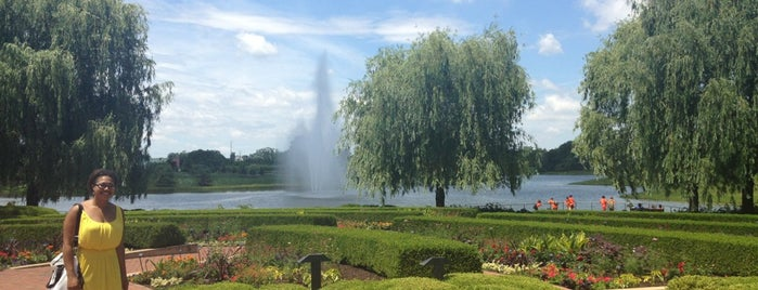 Chicago Botanic Garden is one of Lugares favoritos de Erik.