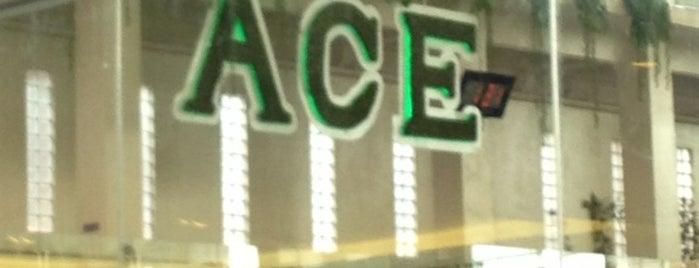 Ace Hotel & Suites is one of Bogs 님이 좋아한 장소.