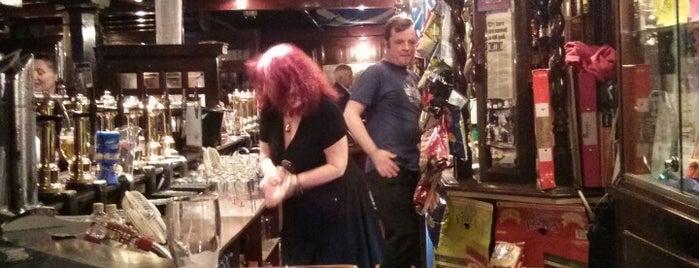 Scotia Bar is one of สถานที่ที่ Marina ถูกใจ.