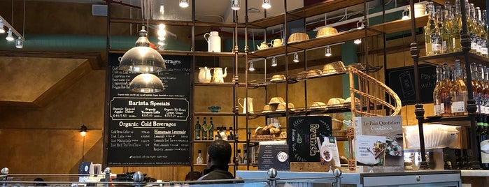 Le Pain Quotidien is one of 𝔄𝔩𝔢 𝔙𝔦𝔢𝔦𝔯𝔞 님이 좋아한 장소.