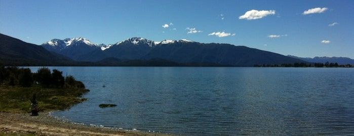Lake Te Anau is one of Новая Зеландия.