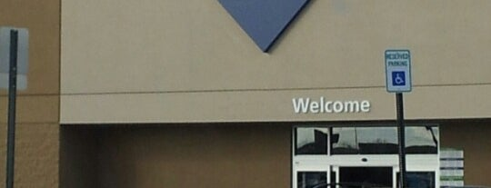 Sam's Club is one of Chicago.