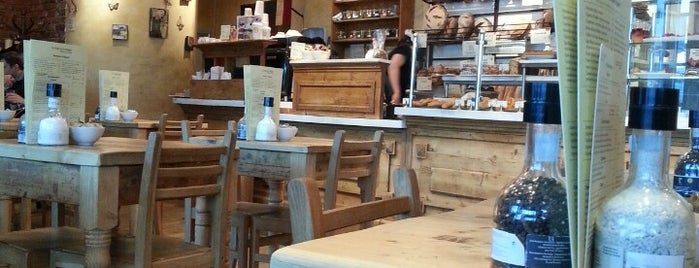 Le Pain Quotidien is one of Locais curtidos por Andrey.