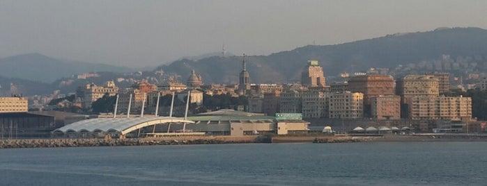 Port de Gênes is one of Lieux qui ont plu à Ico.