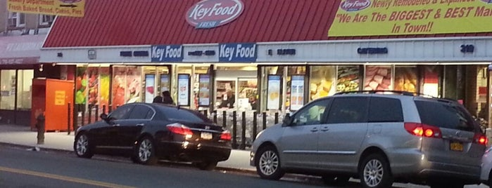 KEY FOOD- KINGS HWY is one of Lieux qui ont plu à James.