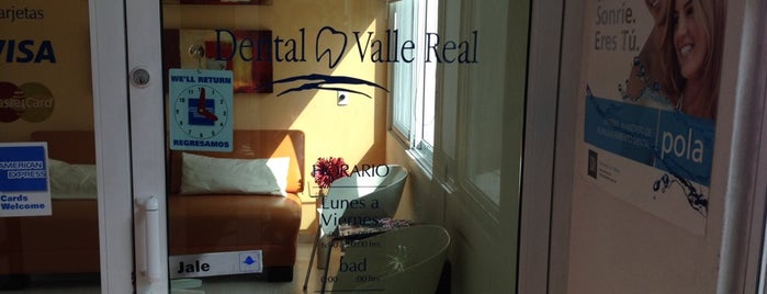 Dental Valle Real is one of Locais curtidos por Martin.