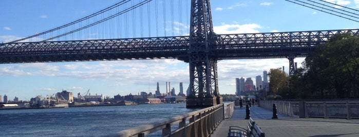 East River Park is one of NEW YORK CITY : Manhattan in 10 days! #NYC enjoy.