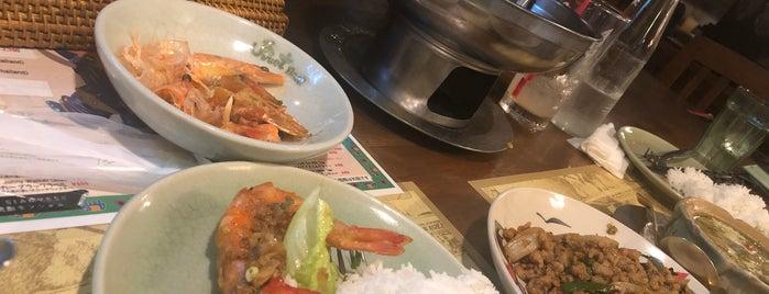 タイ北部料理 スウィートバジル is one of 関西カレー部.