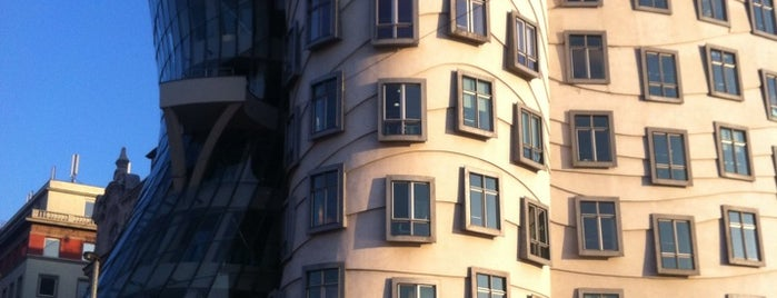 Moderní architektura v Praze