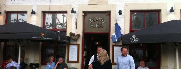 In Den Ouden Vogelstruys is one of Café Top-100 2015.