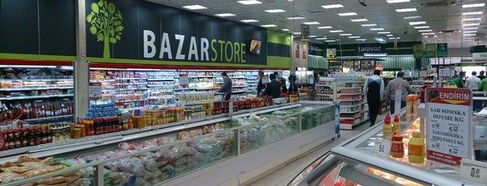 Bazar Store is one of สถานที่ที่ Metin ถูกใจ.