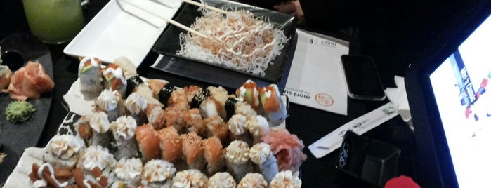 Mori Sushi is one of Locais salvos de Queen.