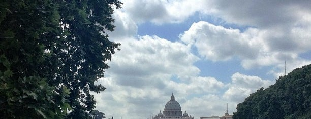 Ponte Umberto I is one of Roma short.