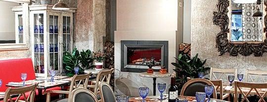 Freeman's Food and Wine is one of Новые пабы/кафе/рестораны.