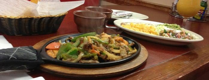 Las Palmas Mexican Restaurant & Cantina is one of Tempat yang Disukai David.