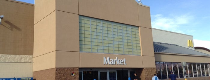 Walmart Supercenter is one of Orte, die Brian gefallen.