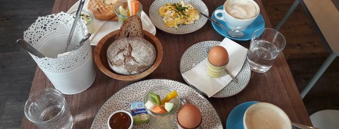 Ullmann's Zuckerbäckerei is one of Eftychia : понравившиеся места.