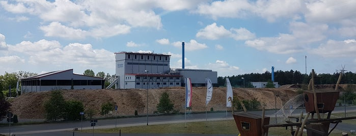 Landeszentrum für Erneuerbare Energien (LEEA) is one of To do: Ladesäule für Elektroautos.