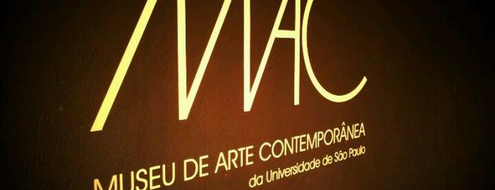 Museu de Arte Contemporânea (MAC-USP) is one of Museus em SP.