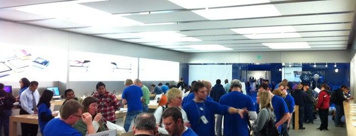 Apple Vintage Faire is one of Locais curtidos por Dallin.