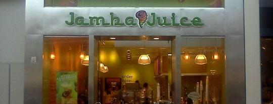 Jamba Juice is one of Orte, die Geoff gefallen.