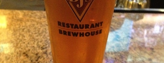 BJ's Restaurant & Brewhouse is one of Houston.