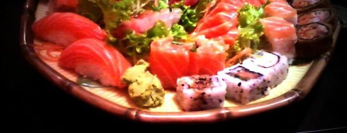 Koji Sushi is one of Locais curtidos por Fernanda.