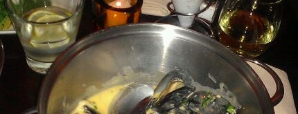 The Mussel Pot is one of Top NYC Foodie Spots.