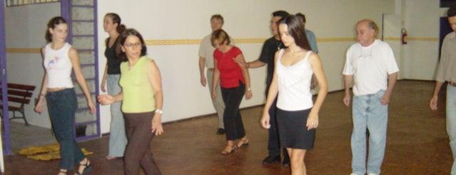 Centro de Dança Latina Walmir Secchi is one of Dance Spots.