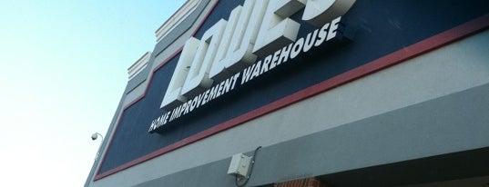 Lowe's is one of สถานที่ที่ Sharon ถูกใจ.