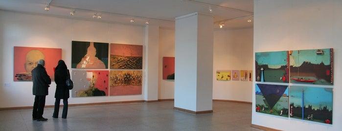 Rīgas Galerija is one of Laikam būs jāaiziet.