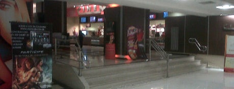 Cinemark is one of em Sampa.