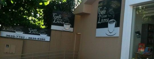 Café com Livros is one of Lieux qui ont plu à Fabio.