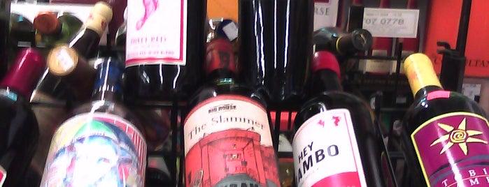 Al's Liquors is one of Lieux qui ont plu à Cameron.