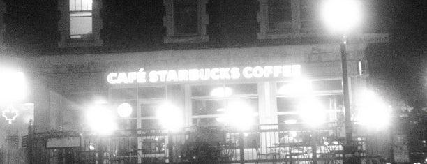 Starbucks is one of Gespeicherte Orte von Catherine.