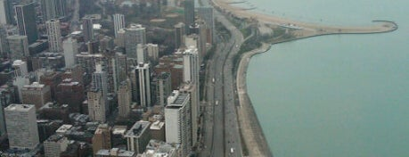 #visitUS Chicago Tourist Must Check-into