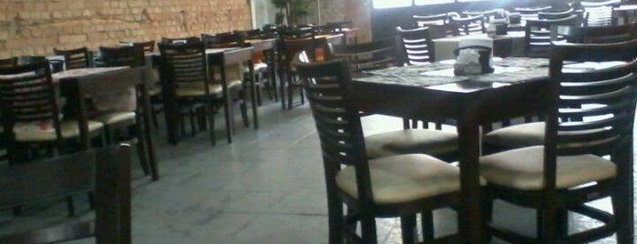 Dom Menezes Restaurante is one of Locais curtidos por Linda.