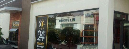 McDonald's is one of Tempat yang Disukai Juan C..