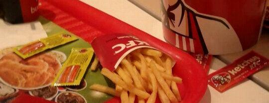 KFC is one of Cadenas de comidas y café en Lima.