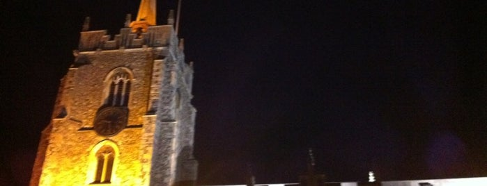 Chelmsford Cathedral is one of Carlさんのお気に入りスポット.